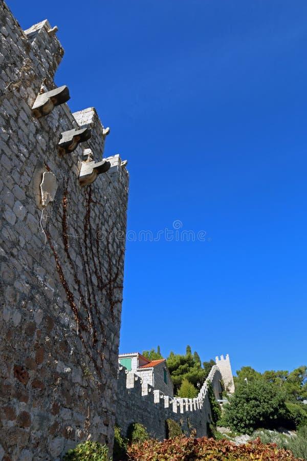 Mura di cinta della città di Hvar immagini stock libere da diritti
