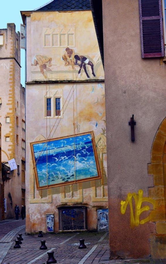 Mural τέχνη στο Μετς στο βόρειο τμήμα της Γαλλίας στοκ εικόνες