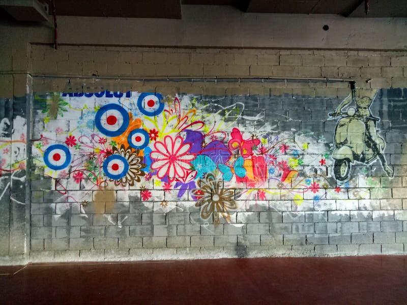 Mural colorido de la pintada fotografía de archivo