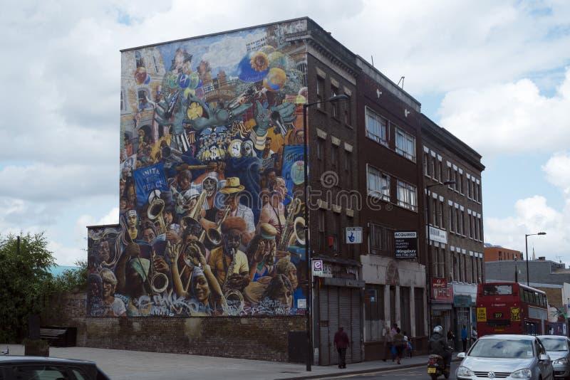 Mural del carnaval de la paz de Caballo de alquiler, Dalston, Londres foto de archivo