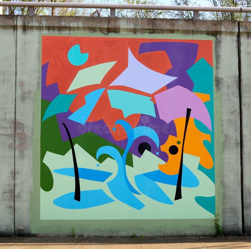 Mural impar y colorido de la pared en un paso inferior del puente en James Rd en Memphis, Tn imagen de archivo