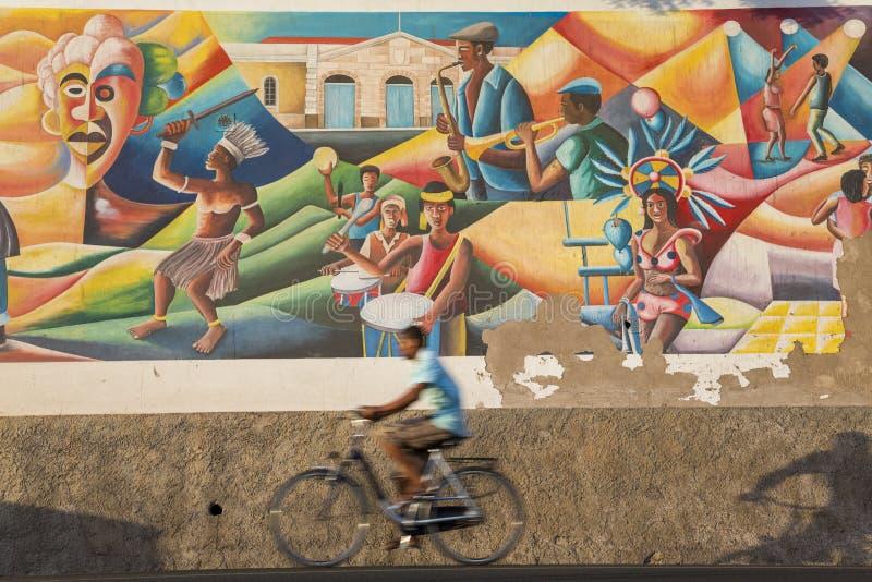 Mural que celebra la cultura de, Mindelo, sao Vicente fotografía de archivo