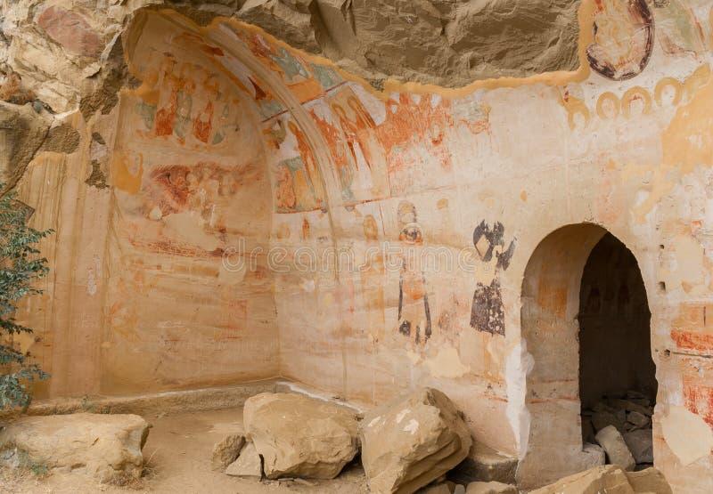 Murale medievale nel complesso del monastero di David Gareja immagine stock