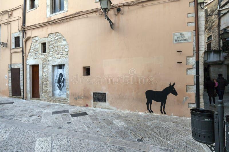 Murales del arte de la calle en el corato, Puglia fotografía de archivo