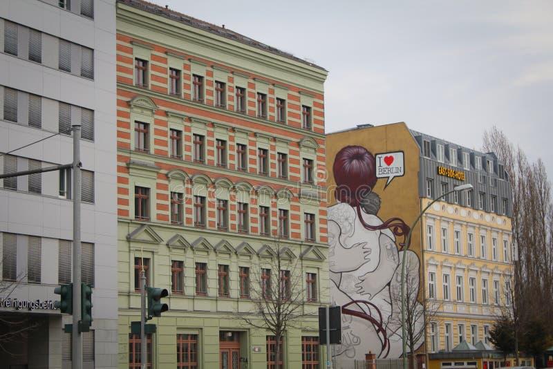 Murales famosos no hotel do lado de Berlin East fotos de stock royalty free