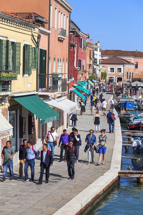 Murano海岛,在运河的看法在城市中间,大道,威尼斯,意大利 免版税库存图片