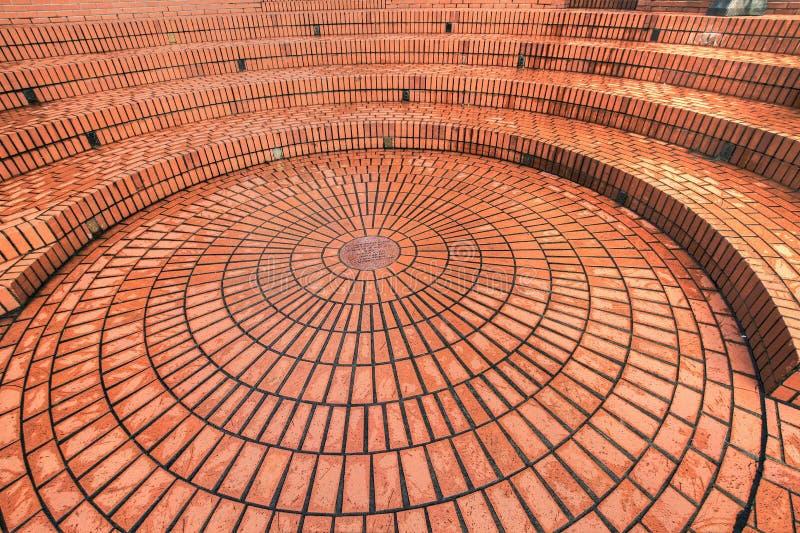 Muratura circolare nel quadrato pionieristico del tribunale fotografie stock libere da diritti