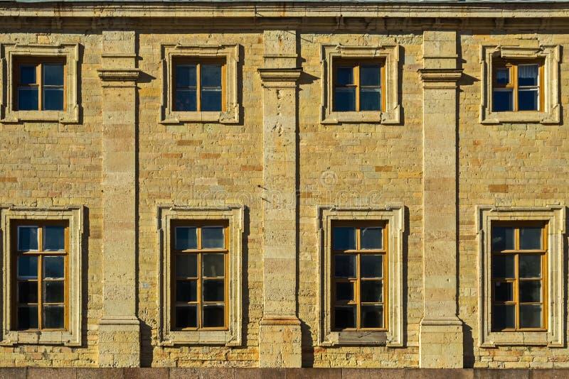 Muratura di grande castello del palazzo- di Gatcina degli imperatori russi immagine stock