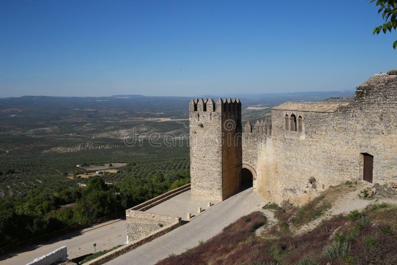 Muren van Sabiote, dorp van Jaen, in Andalusia royalty-vrije stock foto
