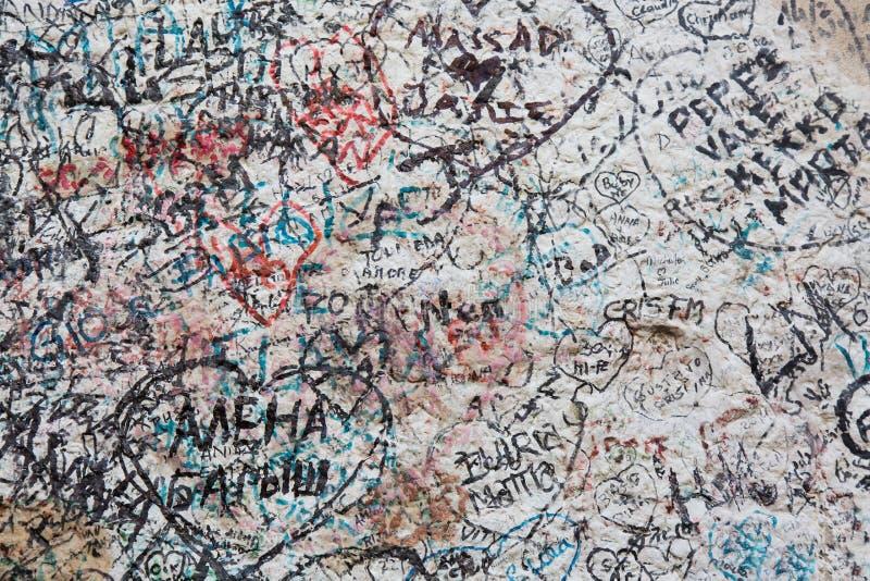 Murez complètement des messages des amants en Chambre du ` s de Juliet, Vérone, Italie image libre de droits