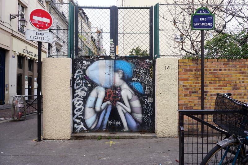 Muri la pittura murala dall'artista francese famoso Seth Globepainter della via a Parigi fotografie stock