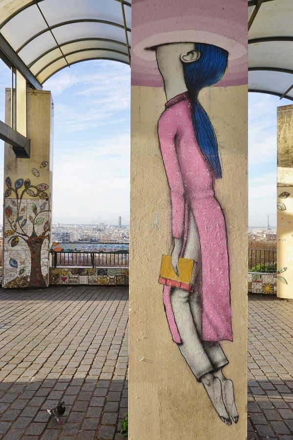 Muri le pitture murale dall'artista francese famoso Seth Globepainter (Julien Malland) della via al Parc de Belleville a Parigi immagini stock