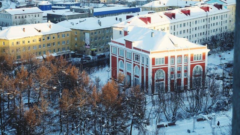 Murmansk miasta ptasiego oka widok zdjęcie stock