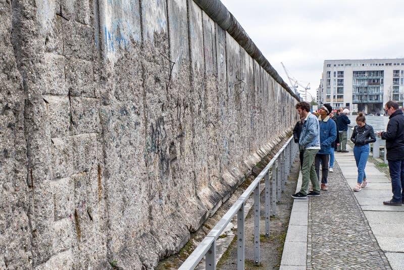 Muro de Berlim na topografia do museu do terror, Alemanha fotografia de stock royalty free