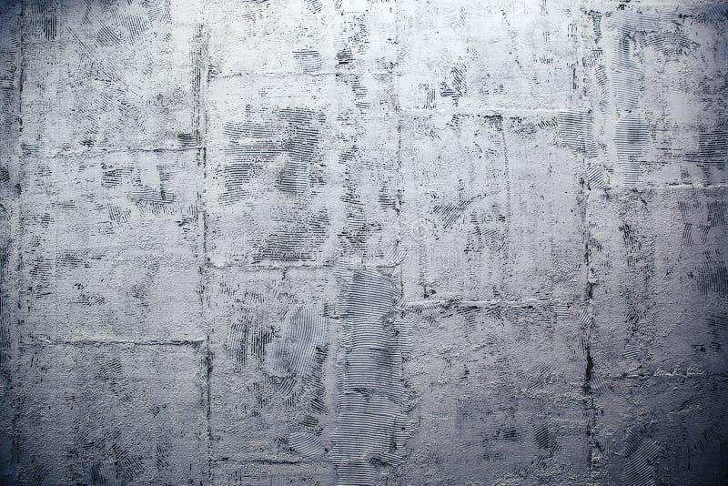 Muro de cemento moderno hecho de bloques fotos de archivo libres de regalías