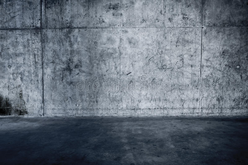Muro de cemento y piso sucios fotografía de archivo