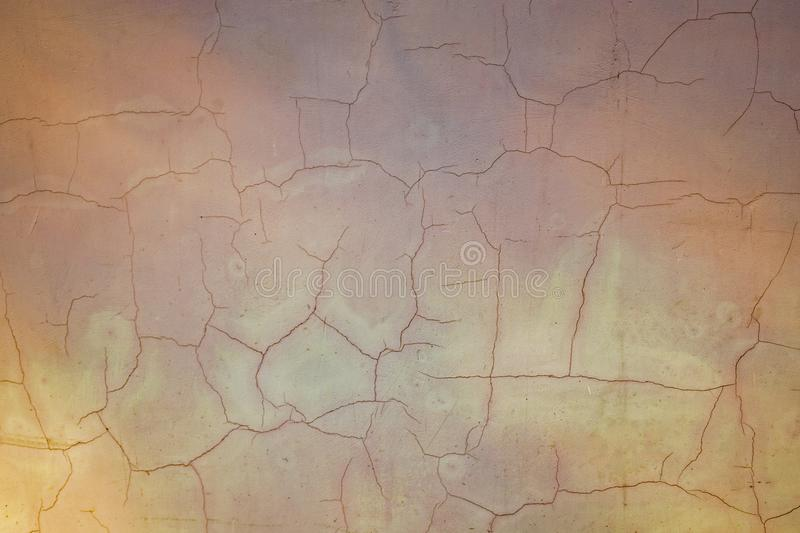 Muro de cimento pintado com fundo das quebras Textura velha do assoalho Pintura rachada envelhecida na pedra do cimento imagens de stock royalty free