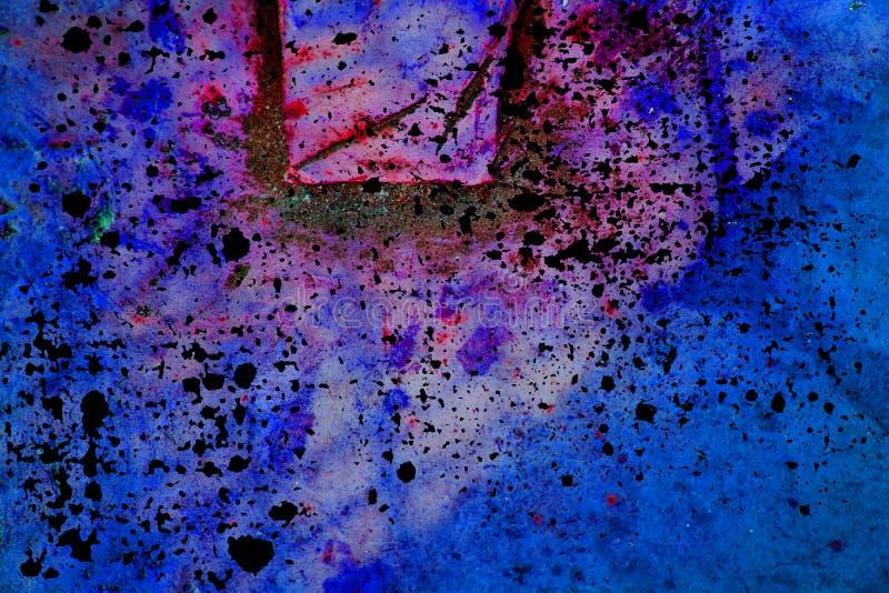 Muro de cimento vívido ultravioleta da cor, superfície de pedra fotografia de stock