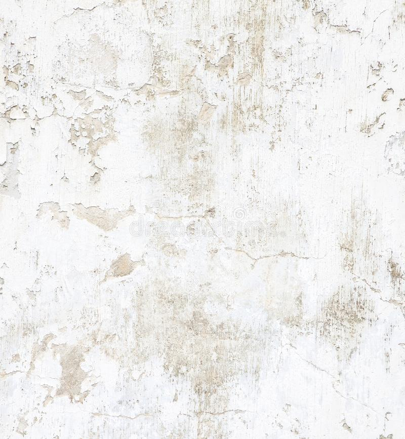 Muro di cemento bianco con la pittura della sbucciatura Fondo di lerciume immagini stock libere da diritti