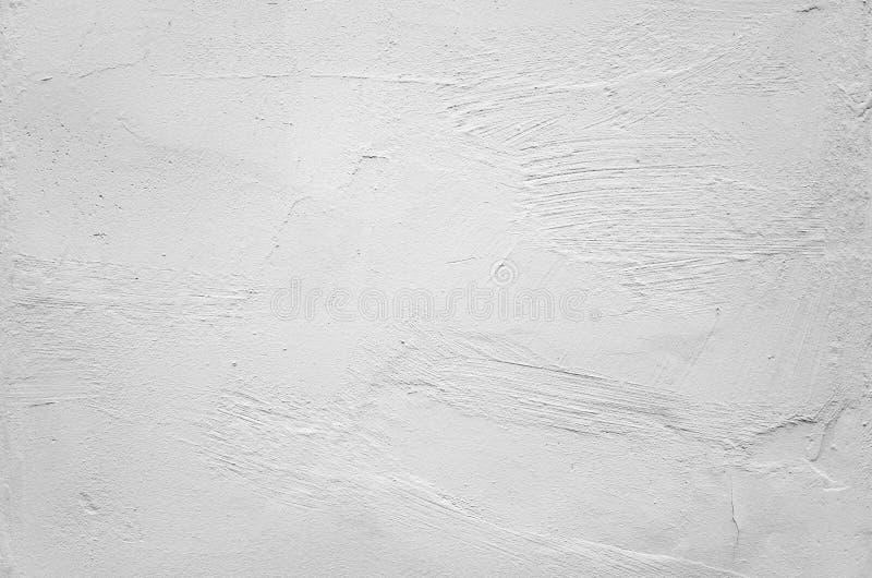 Muro di cemento bianco con sollievo intonacante approssimativo immagine stock libera da diritti