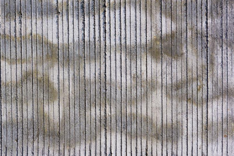 Muro di cemento con i punti ed il modello delle bande fotografie stock libere da diritti