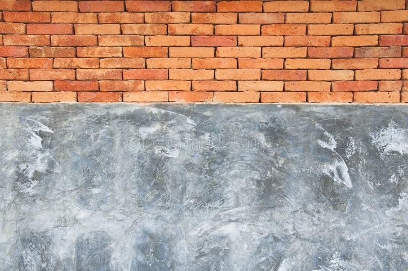 Muro di mattoni concreto e rosso fotografia stock libera da diritti