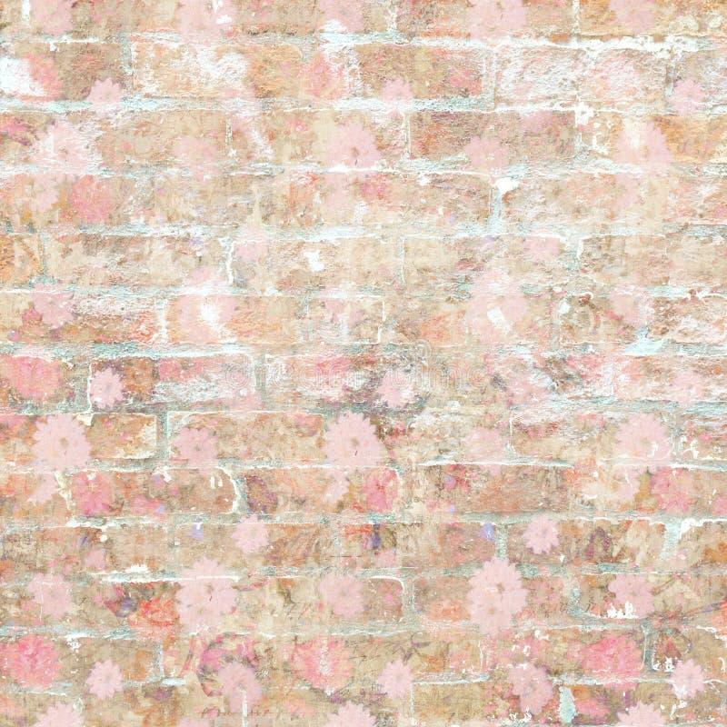 Muro di mattoni d'annata misero Grungy con il modello floreale fotografie stock