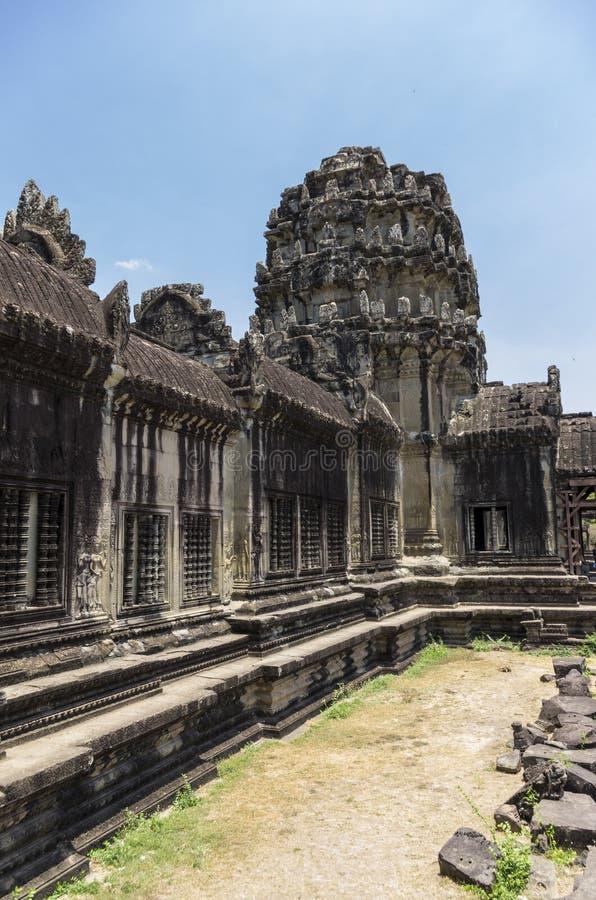 Murs épais d'Angkor Vat photographie stock libre de droits