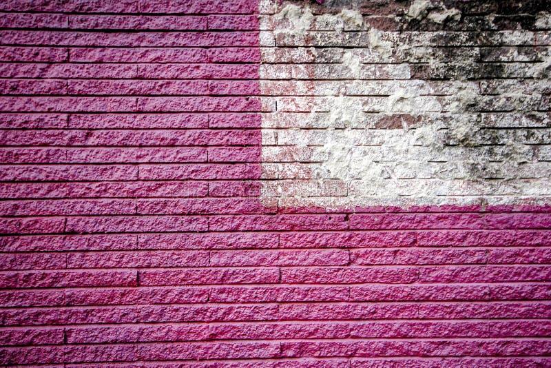 Murs de briques roses et blancs image stock