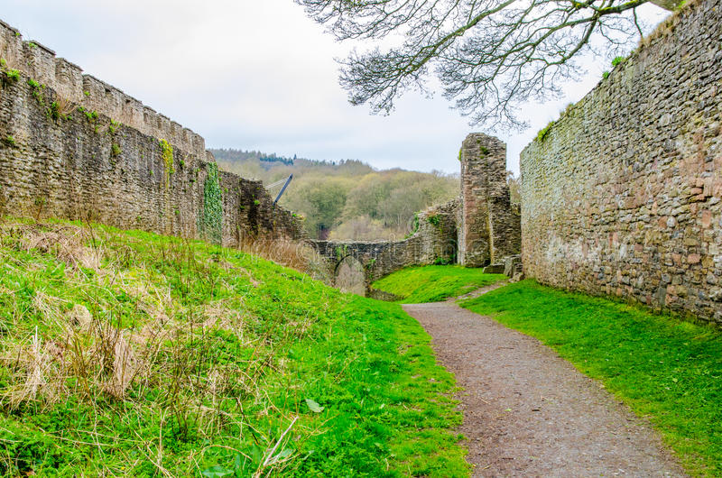 Murs de château de Lulow, Shropshire, Grande-Bretagne, Royaume-Uni photographie stock libre de droits