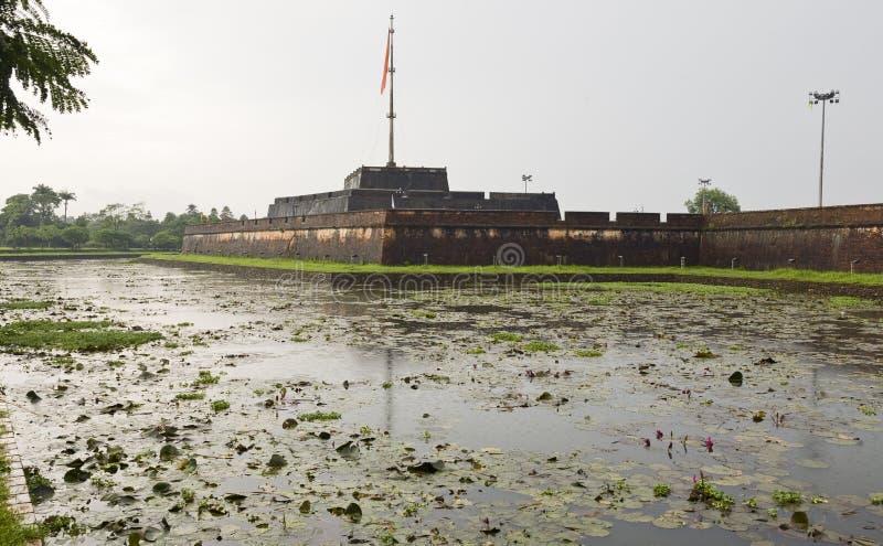 Murs de la citadelle dans la tonalité photo stock