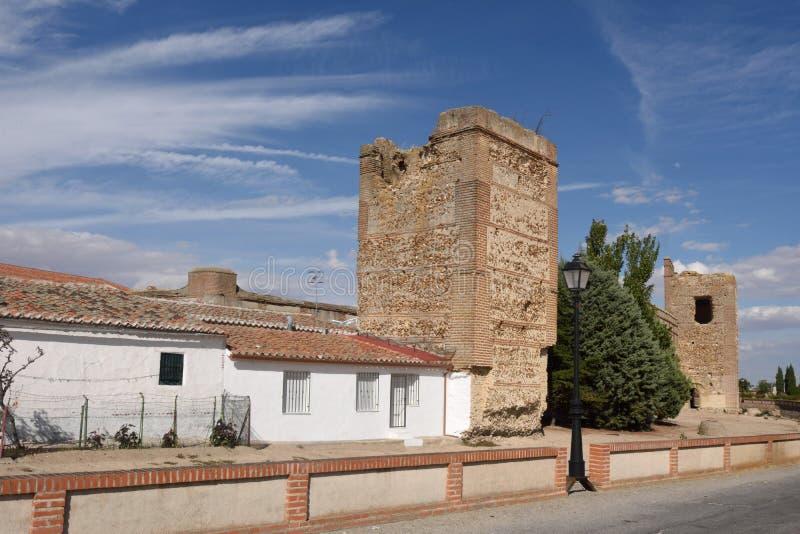 Murs de Madrigal de las Altas Torres, province d'Avila, image stock