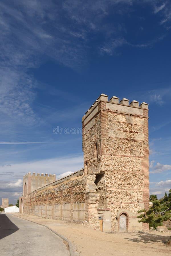 Murs de Madrigal de las Altas Torres, province d'Avila, images stock