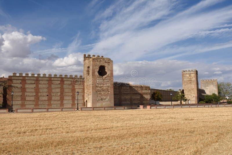 Murs de Madrigal de las Altas Torres, province d'Avila, image libre de droits