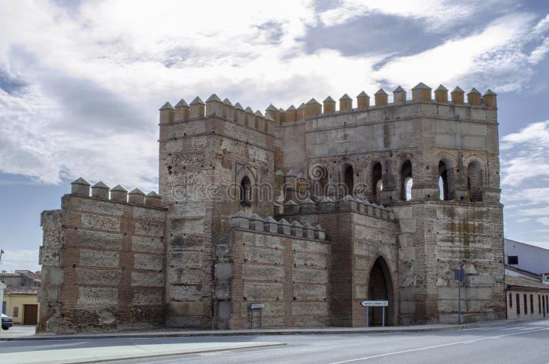 Murs de Madrigal de las Altas Torres à Avila images stock