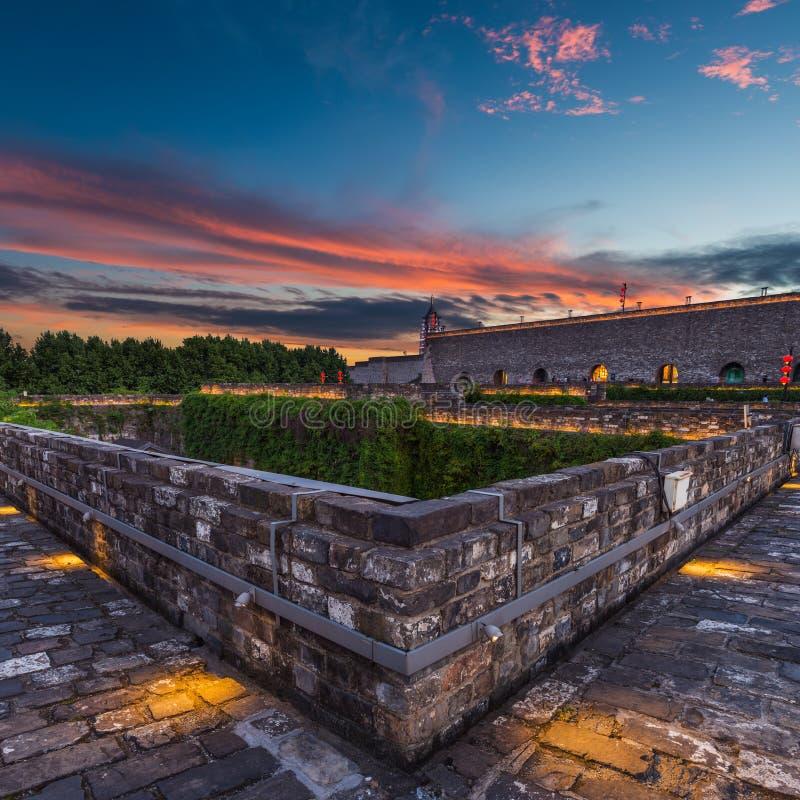 Murs de Nanjing City au crépuscule images libres de droits