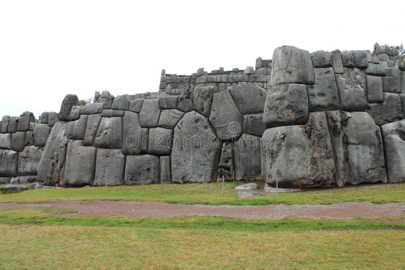 Murs de Sacsayhuaman photos libres de droits