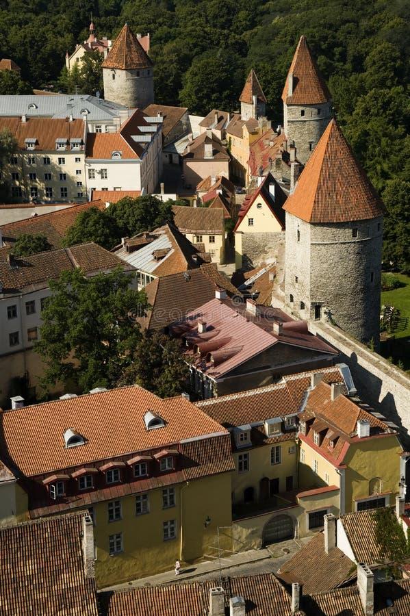 Murs de ville enrichis parEstonie de Tallinn images libres de droits