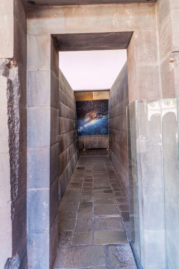 Murs des ruines de temple de Qorikancha de l'Inca dans Cuzco photos libres de droits