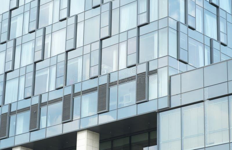 Murs en verre d'architecture moderne d'hôtel photo stock