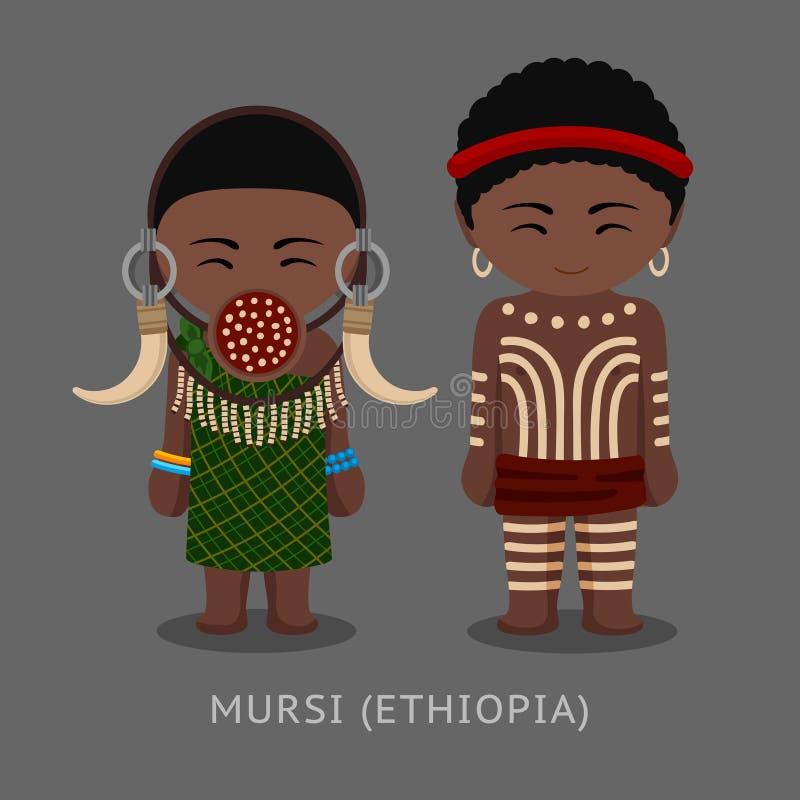 Mursi ludzie w tradycyjnym kostiumu Mężczyzna, kobieta, chłopiec i dziewczyna,