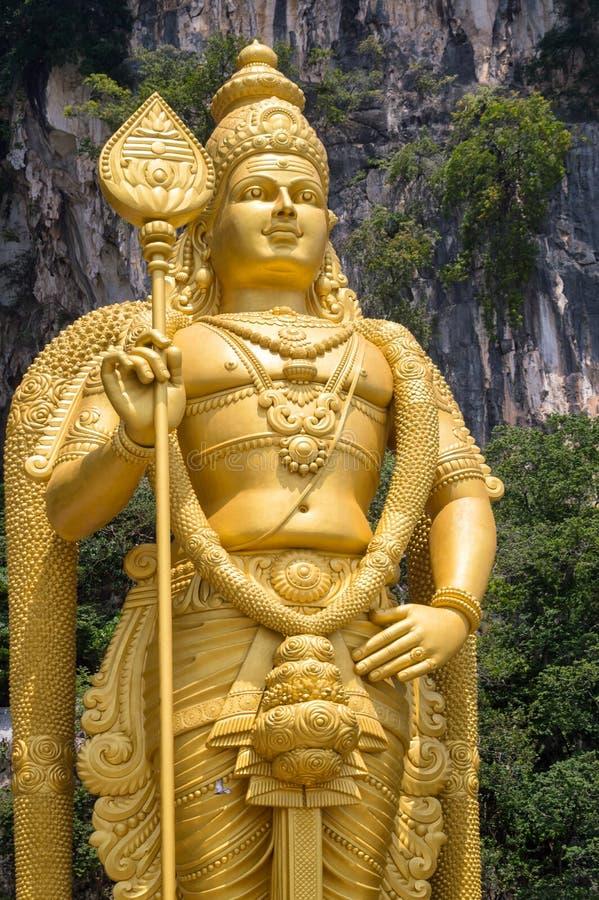 Murugan staty på ingången av Batu grottor nära Kuala Lumpur Malaysia royaltyfri bild