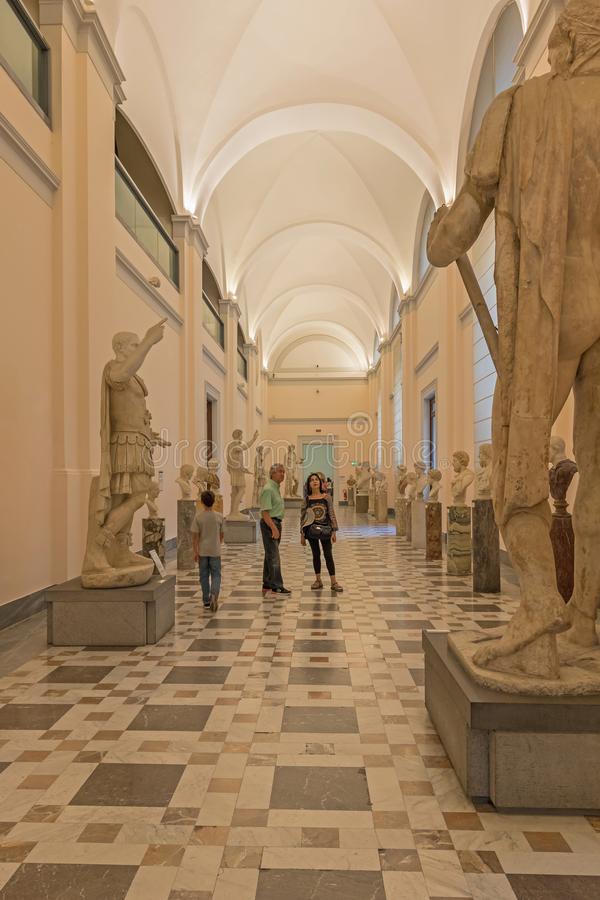 Musée archéologique national de Naples d'intérieur 29 06 L'Italie 2018 image libre de droits