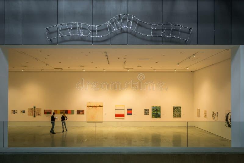 Musée d'art contemporain à Cracovie MOCAK images stock