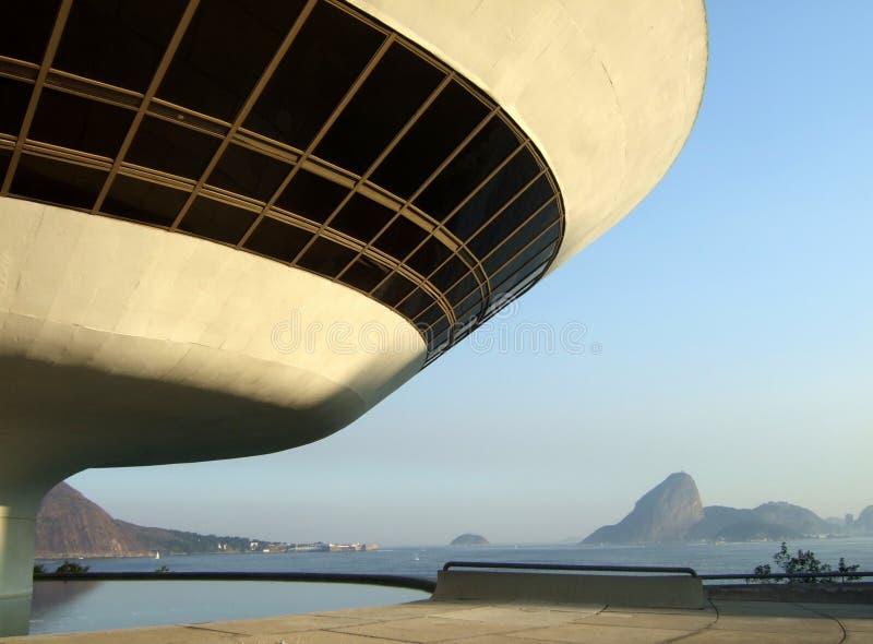 Musée d'Art de contemporain du ³ i d'Oscar Niemeyerâs Niterà photographie stock libre de droits