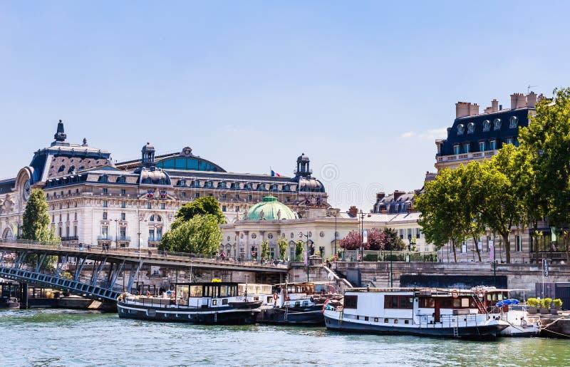 Musée d'Orsay et Musée National de la légion d'honneur photographie stock