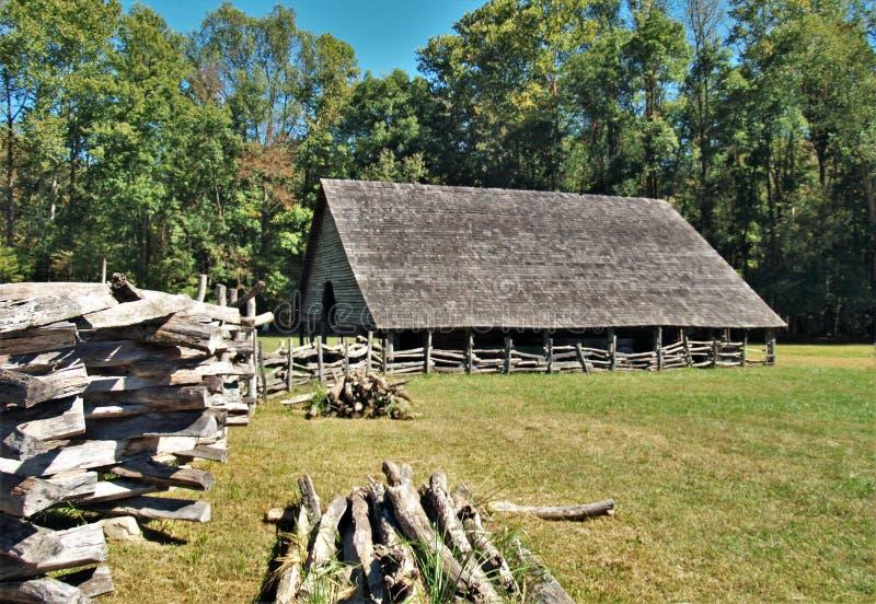 Musée de ferme de montagne d'Oconaluftee images stock