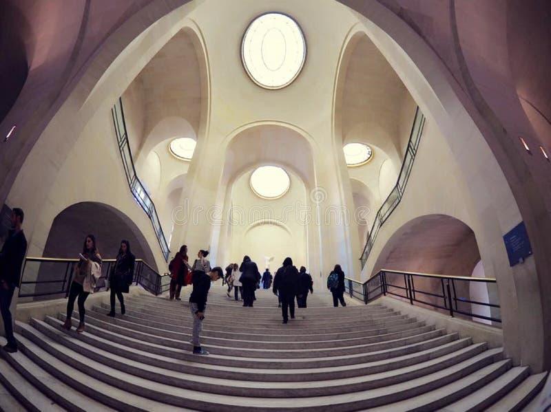 Musée de Louvre à Paris photo libre de droits