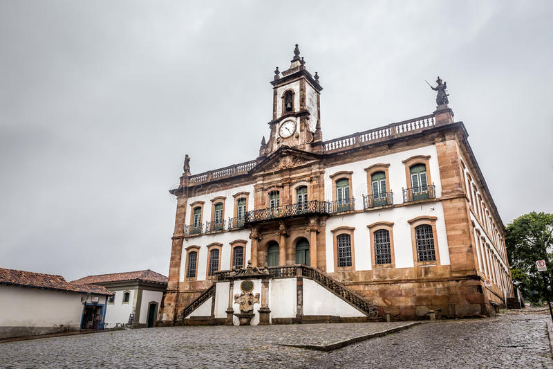 Musée de trahison de place de Tiradentes dans Ouro Preto, Brésil photos libres de droits