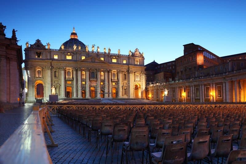 Musée de Vatican dans la basilique de la rue Peter et présidences photo libre de droits